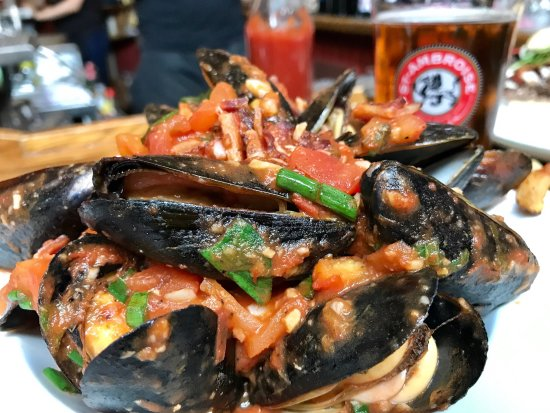 Chez Lucien: Mussels in daily sauce. Today was tomato and bacon. Just delicious and tasty