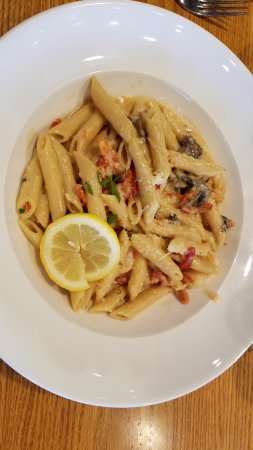 Chestertown, MD: seafood pasta