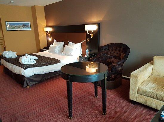 Hotel  La Matelote: 20170430_150516_large.jpg