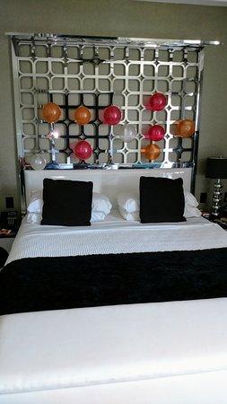 Room Mate Waldorf Towers: IMG_20170512_110441593_large.jpg
