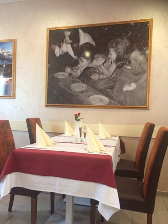 Katzenelnbogen, Almanya: Sehr schönes italienisches Restaurant - authentische Gerichte mit Herz serviert...