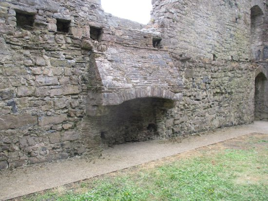 Oystermouth Castle - Picture of Oystermouth Castle ...