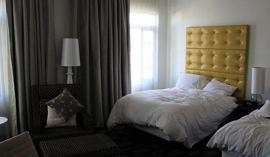 Room, Padre Hotel, Bakersfield