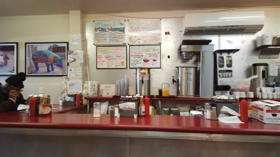 Smith Street Diner: Diner counter