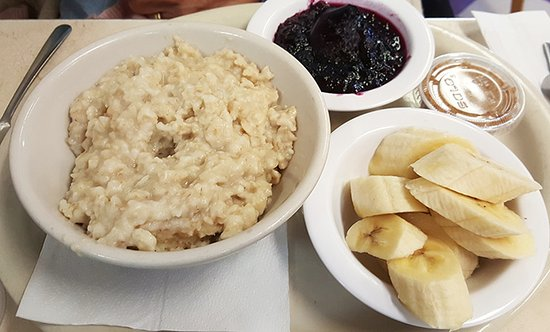 Smith Street Diner: Steel cut oats and fruit