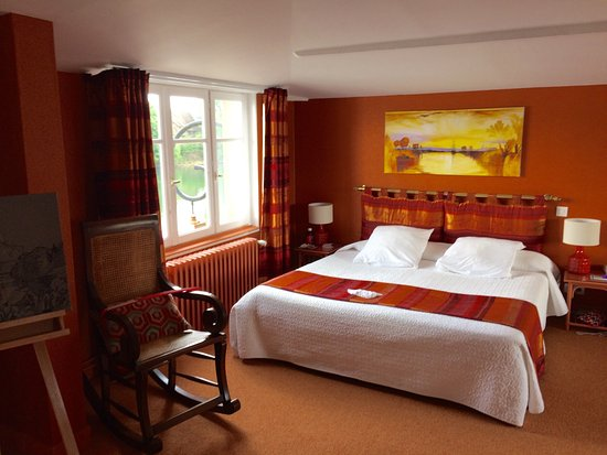 Les Andelys, Francia: The newly refurbished and beautiful rooms overlooking the Seine.