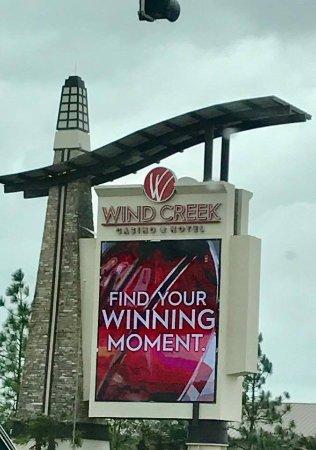 Wind Creek Casino & Hotel, Atmore: hotel sign