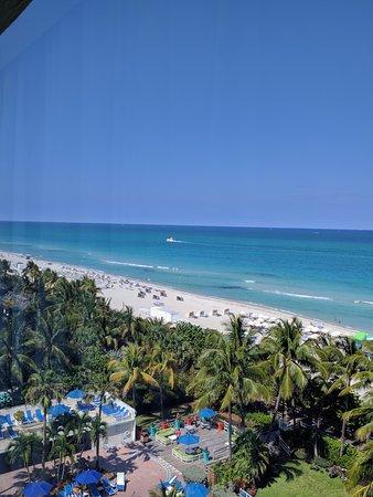 seaside view photo de holiday inn miami beach miami. Black Bedroom Furniture Sets. Home Design Ideas