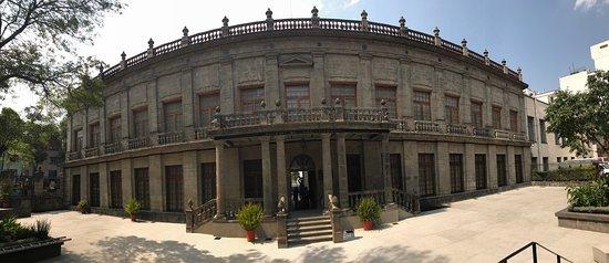 Museo Nacional de San Carlos: photo2.jpg