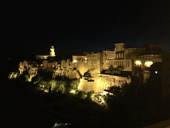 Sovana, Ιταλία: photo1.jpg