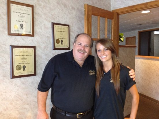 Iron Mountain, MI: Gene(owner) and Erika Rahoi (Staff)