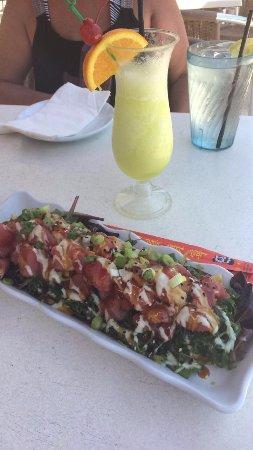 Island Grill: tuna nachos