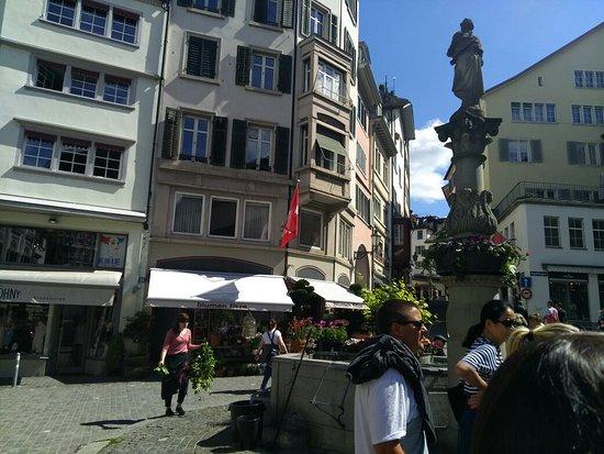 Free Walk Zurich: IMG_20170513_112015_large.jpg