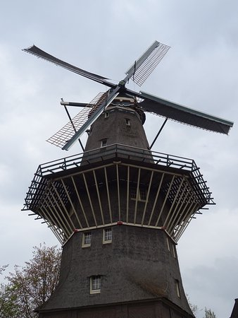 Photo of Monument / Landmark De Gooyer Windmill at Funenkade 5, Amsterdam 1018 AL, Netherlands