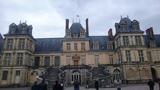 le chateau picture of chateau de fontainebleau fontainebleau tripadvisor. Black Bedroom Furniture Sets. Home Design Ideas