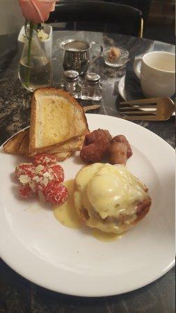 Poached Breakfast Bistro 사진