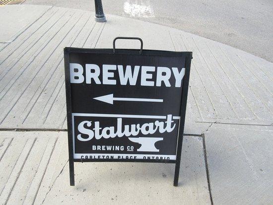 Carleton Place, Canada: Sidewalk sign