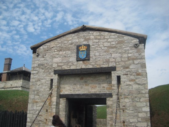 Youngstown, NY: Entrance to fort