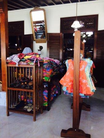 Rumah Batik - Foto di Batik Rumah d9e523a712