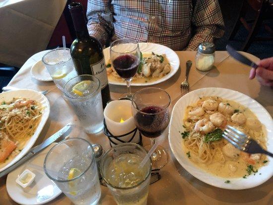 Dolce Vita Italian Restaurant: Great Service & Atmosphere
