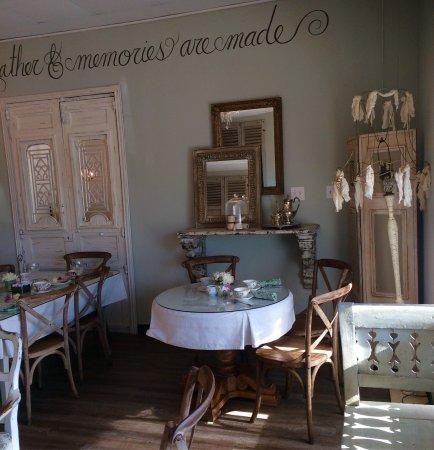 Chocolate Angel Cafe and Tea Room: photo0.jpg