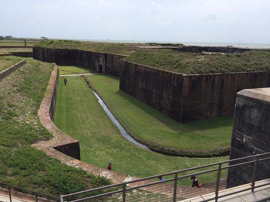 Fort Morgan, AL: Fort grounds