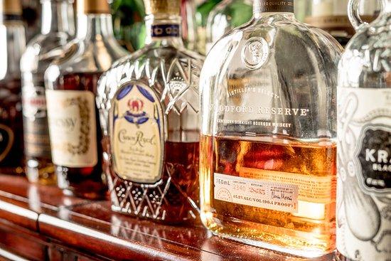 Lewisburg, Virginia Occidental: Wonderful bar options