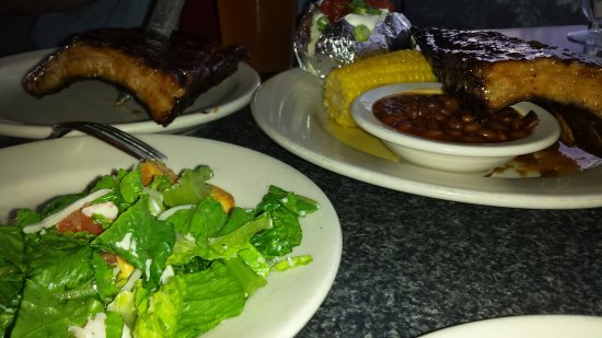 Hermiston, OR: Best smoked ribs in Umatilla County.  Hubby and I shared a rack w garden salad and baked potato.