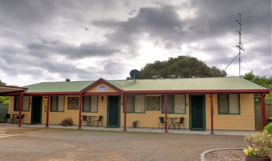 Ficifolia Lodge Kangaroo Island : View of two bedroom apartments (adjoining)