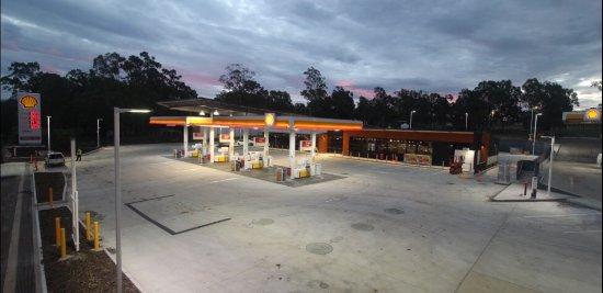 Aratula, Australia: New Rebuilt store