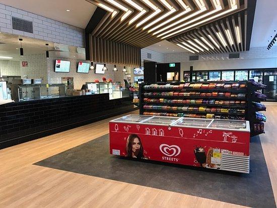 Aratula, Australia: New shop