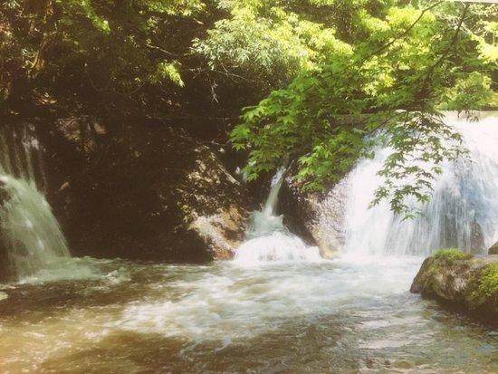 Unnan, Japón: 八重滝