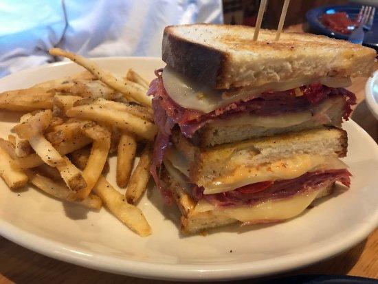 D'Iberville, MS: Monte Cristo Sandwich