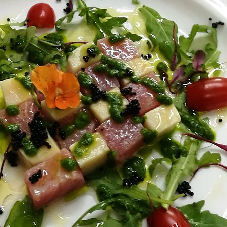 Tutto Bene Restaurant and Bar