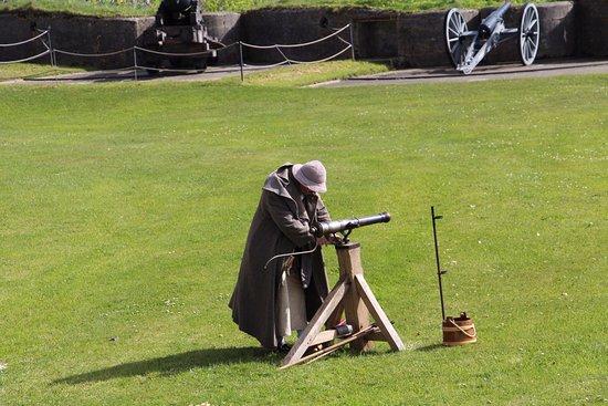 Pendennis Castle: Live demonstration