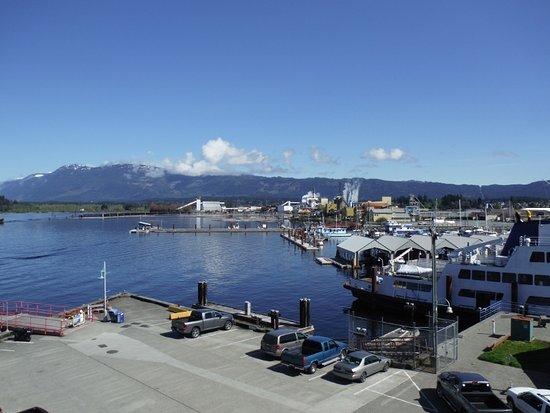 Port Alberni, Canada: 360 DEGREE TOWER CLOCK VIEW