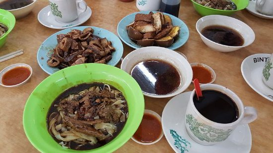Tengkera Duck Noodle Restaurant: duck kway teow and additional braised meat, tofu, egg