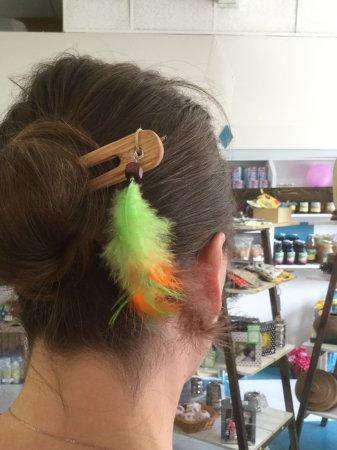Vernon, Canada: Bun bling to dress up the messy bun do