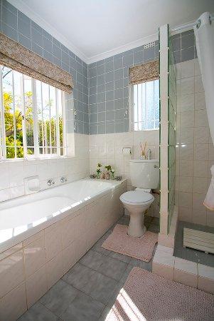 Rondebosch, Sydafrika: Room 2: Private En-suite Bathroom