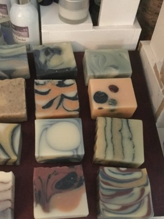 Pink Spotted Goat: Jaw dropping artisan soaps