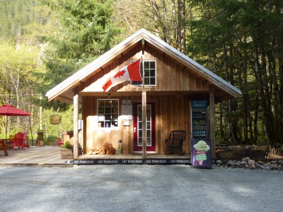 Paradise Valley Campground: Main Office
