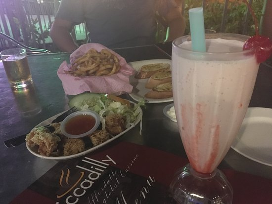 Picadilly: Strawberry milkshake, beers and a few appetizers to go with it