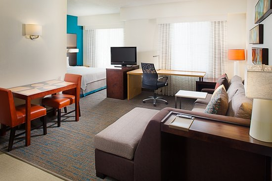 Residence Inn Dallas Park Central: Studio Suite