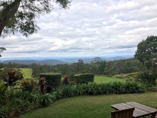 Ravensbourne, Australia: View from Tuskana's restaurant
