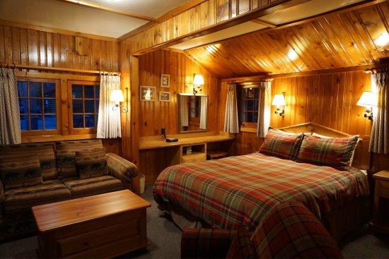 Alpine Village Cabin Resort - Jasper: photo0.jpg