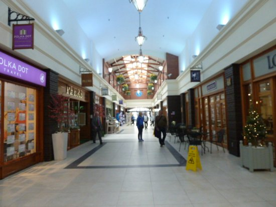 The Victoria Shopping Centre