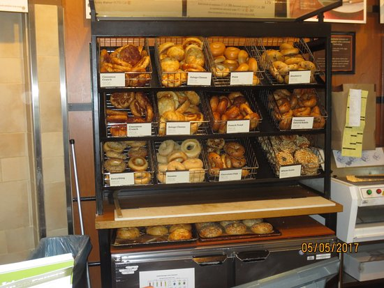 Wethersfield, CT: assorted bagels