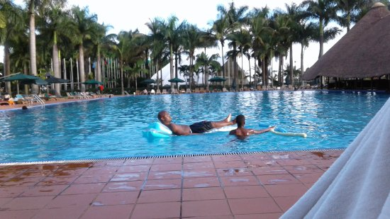 Munyonyo Commonwealth Resort: 20170513_173255_large.jpg