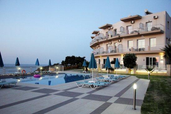 Renieris Hotel Photo