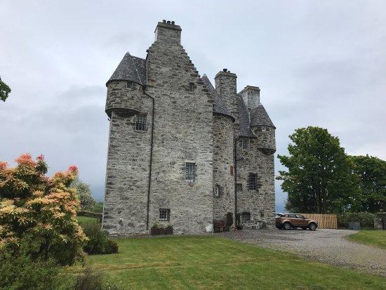 Barcaldine Castle: photo1.jpg